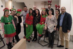 Parte del equipo de Grupo S4 durante la celebración de la Fiesta de Navidad